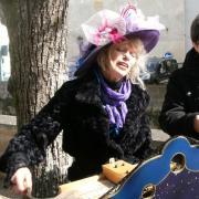 Nini Peau d'Chien chanteuse de rue